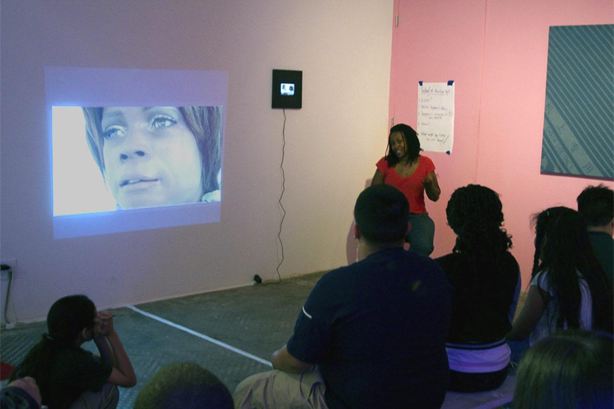 Sdinkins talk with students NutureArt 2015 adj